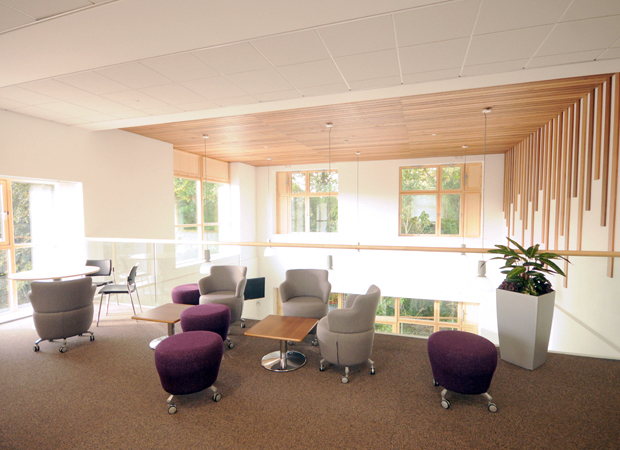Hatcher-Prichard Architects_Bristol Cardiff_Monmouthshire Housing Association HQ_End Break Out Space