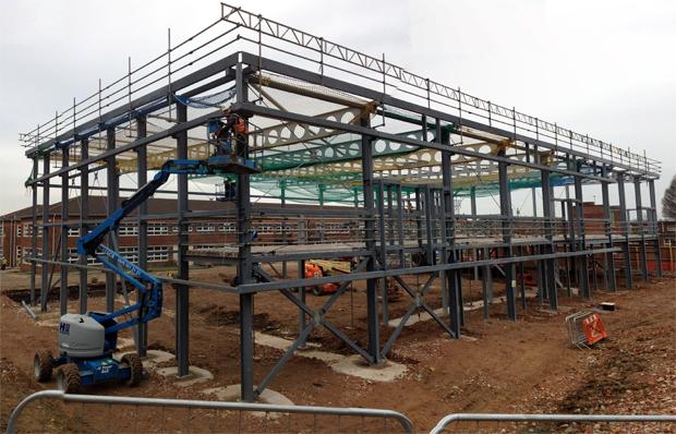 hatcher-prichard-architects-bristol-cardiff_bristol-free-school_under-construction_sports-hall-steel-frame