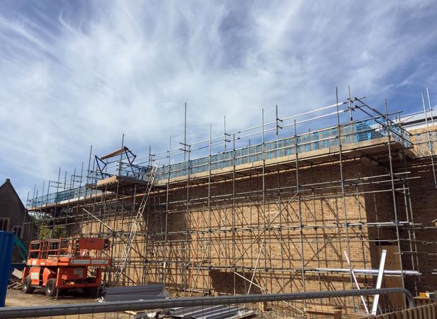 Hatcher-Prichard-Architects_Bristol-Cardiff_Steiner-Academy-Bristol_Progress_Sports Hall Brickwork